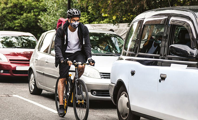 Maska na rowerze